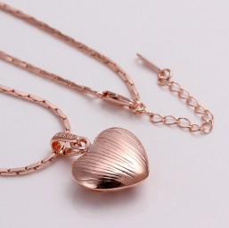 Rose Gold Plated met Hart Hanger